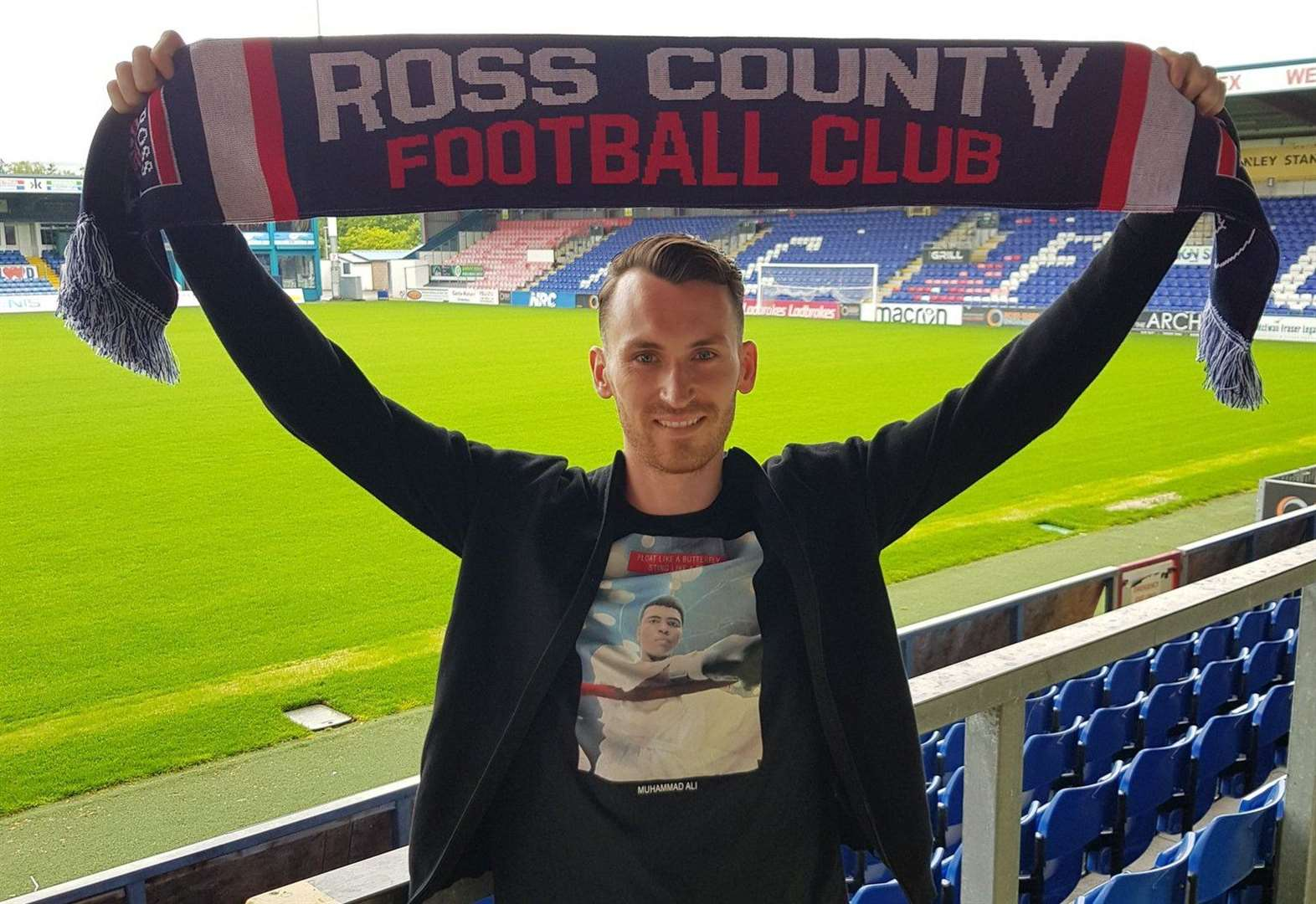 Ross County sign Joe Chalmers