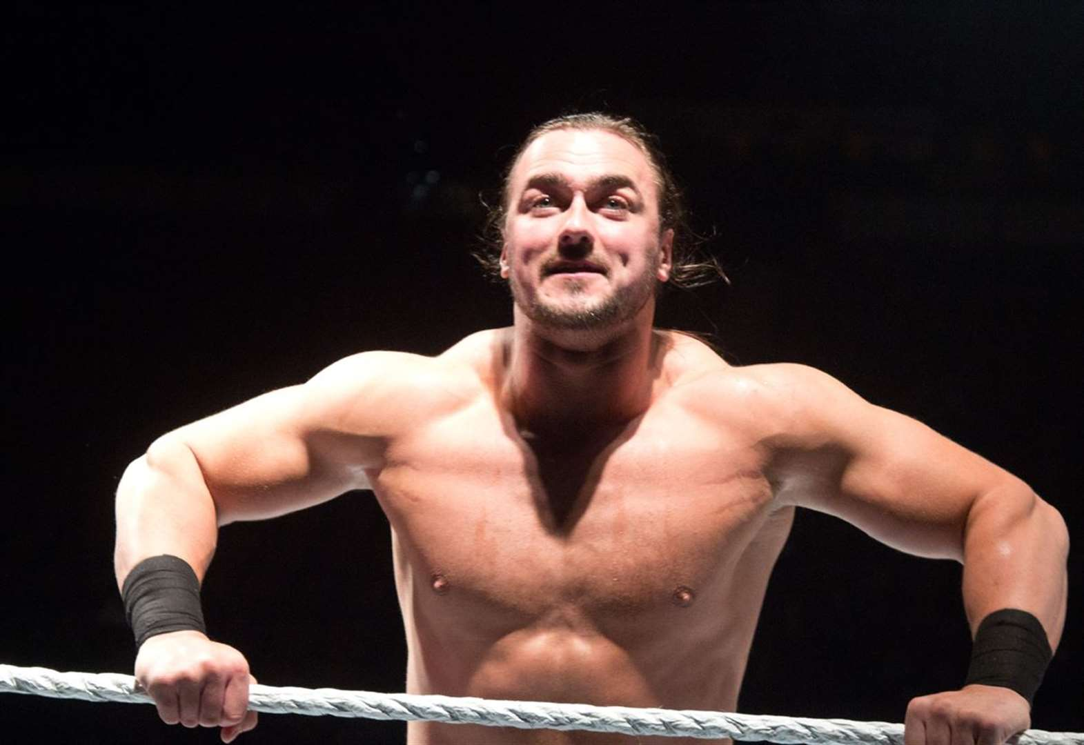 WATCH: Wrestling superstar Drew McIntyre trains in the Highlands ahead of WrestleMania