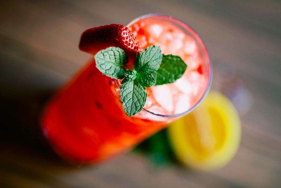 Strawberry Gin Smash - perfect for tennis season.