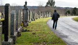 There are plans to reuse graves in the Highlands if they have been abandoned for more than 100 years