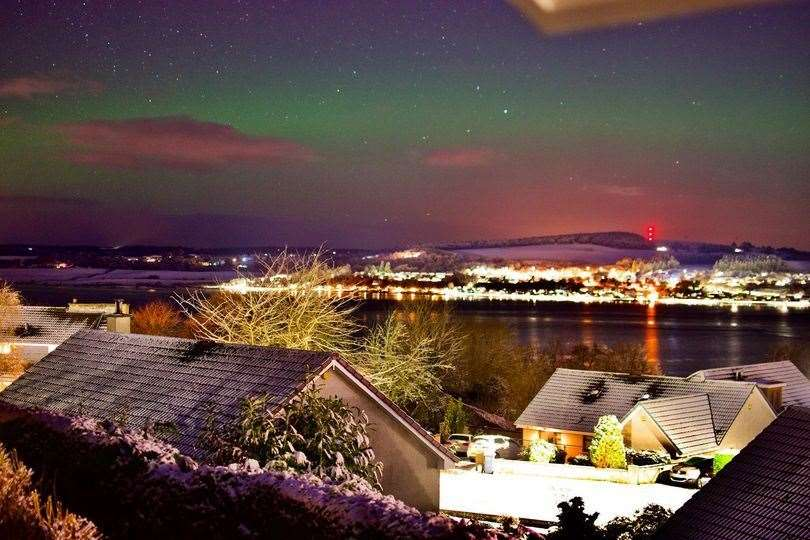 Aurora Borealis looking over the Black Isle tonight from the west of Inverness in the Scottish Highlands. Picture taken by Stephen Mackintosh, an Inverness mathematician and astronomer.