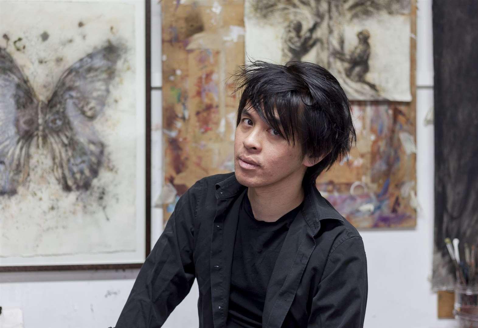 Art lecturer recognised for gunpowder innovation