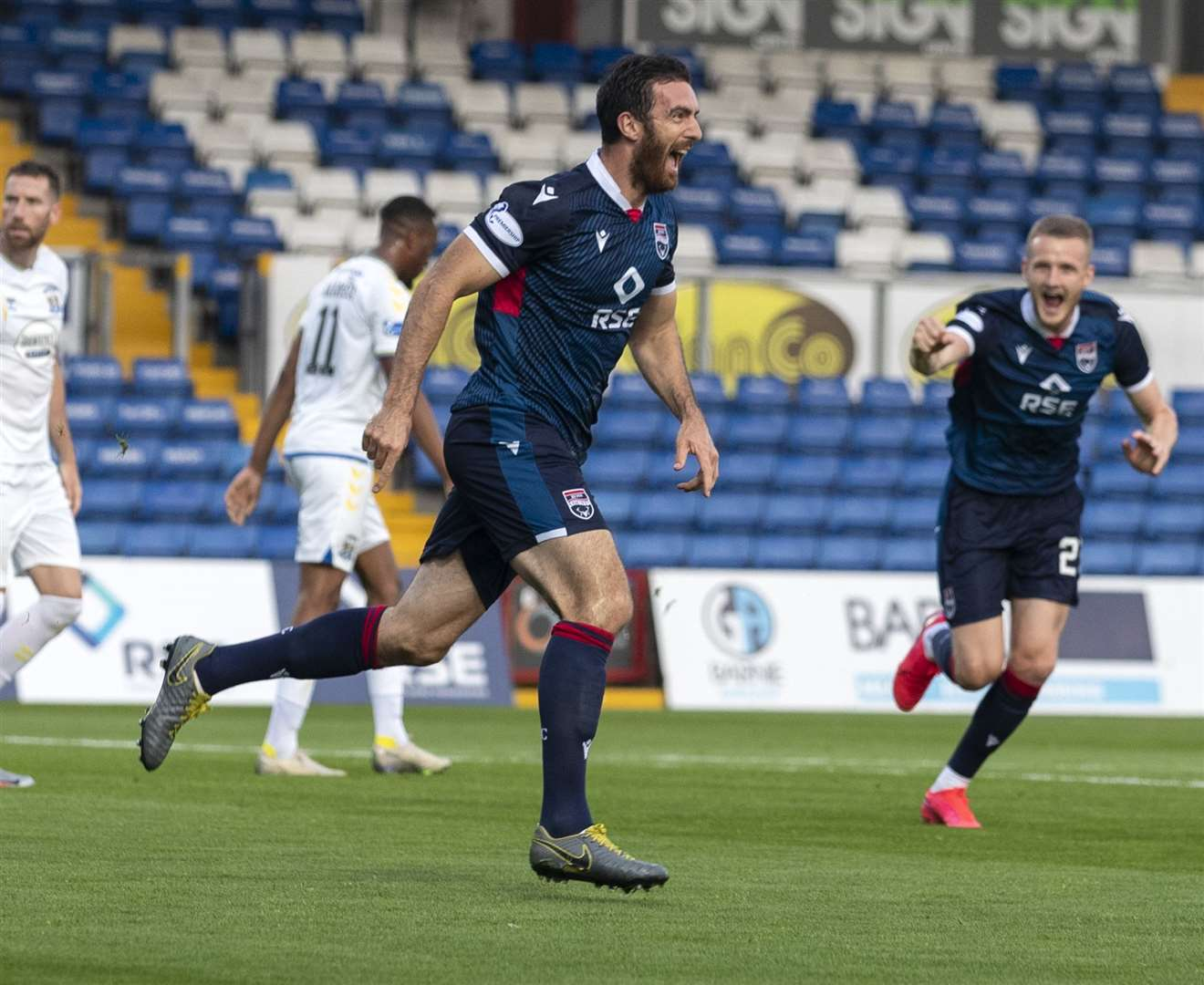 Ross Draper in action for Ross County.  Picture - ken macpherson.