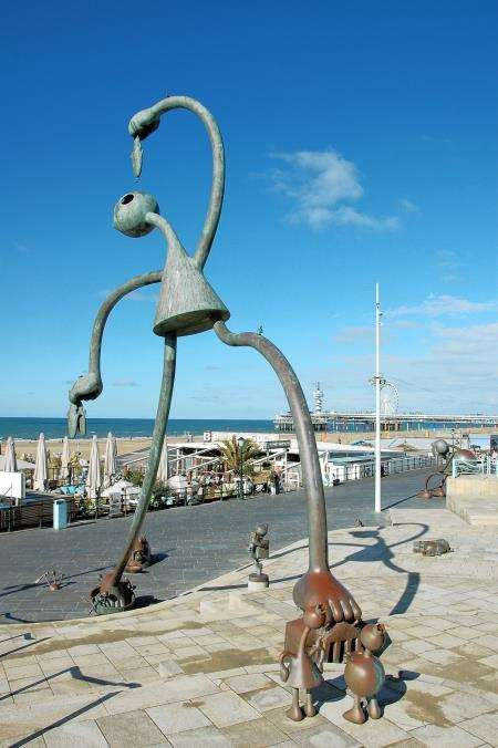 One of the many quirky statues along the promenade at Scheveningen