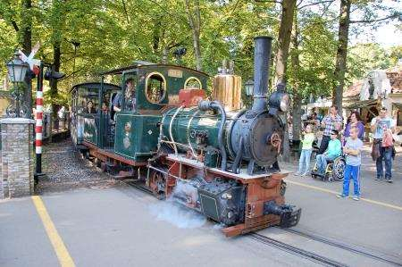 The steam train level crossing at Efteling