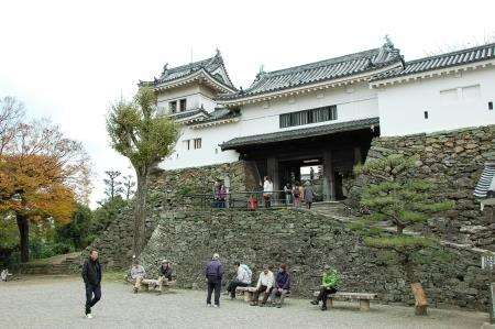 The entrance to Wakayama castle