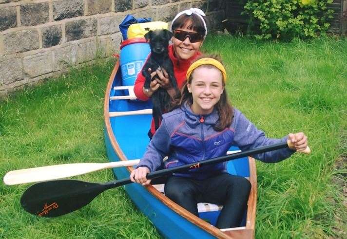 Mother and daughter set to head to Inverness in homemade canoe