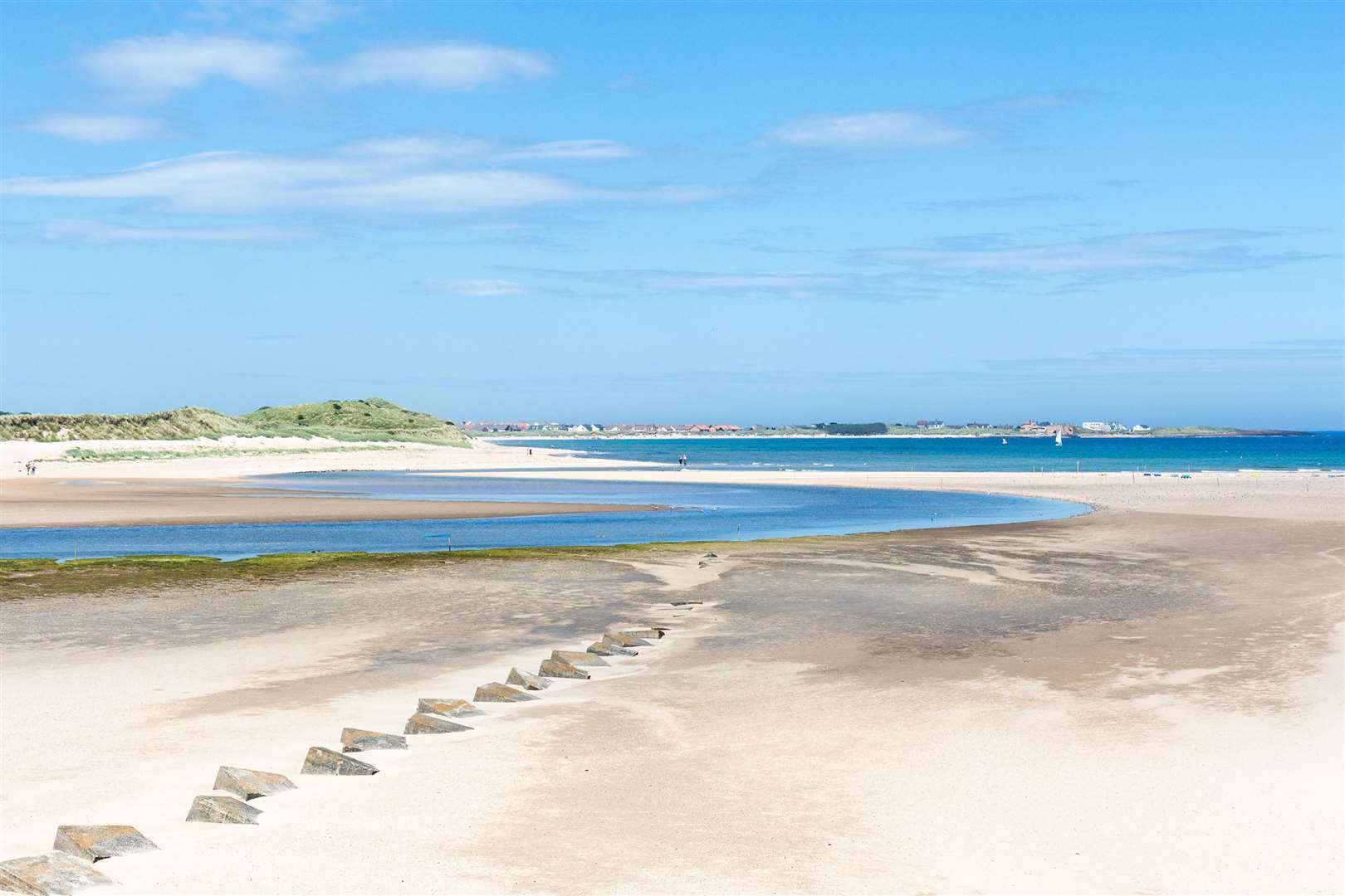 Beadnell Bay, Northumberland. Picture: PA Photo/Alamy